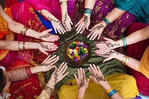 Women with henna circle